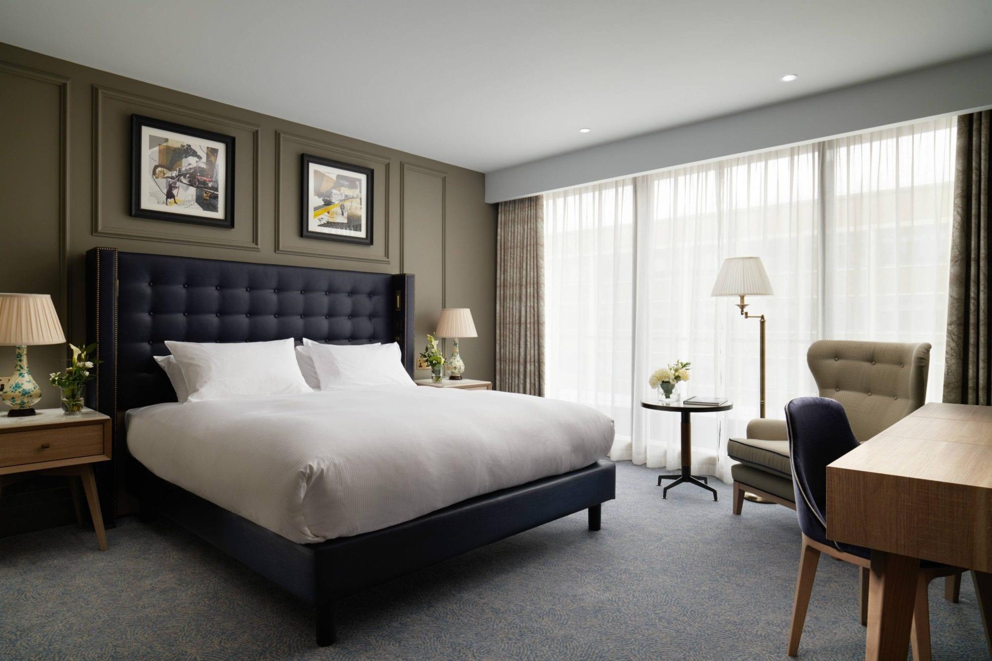 Classic Double – 447 – Roman House – Bedroom