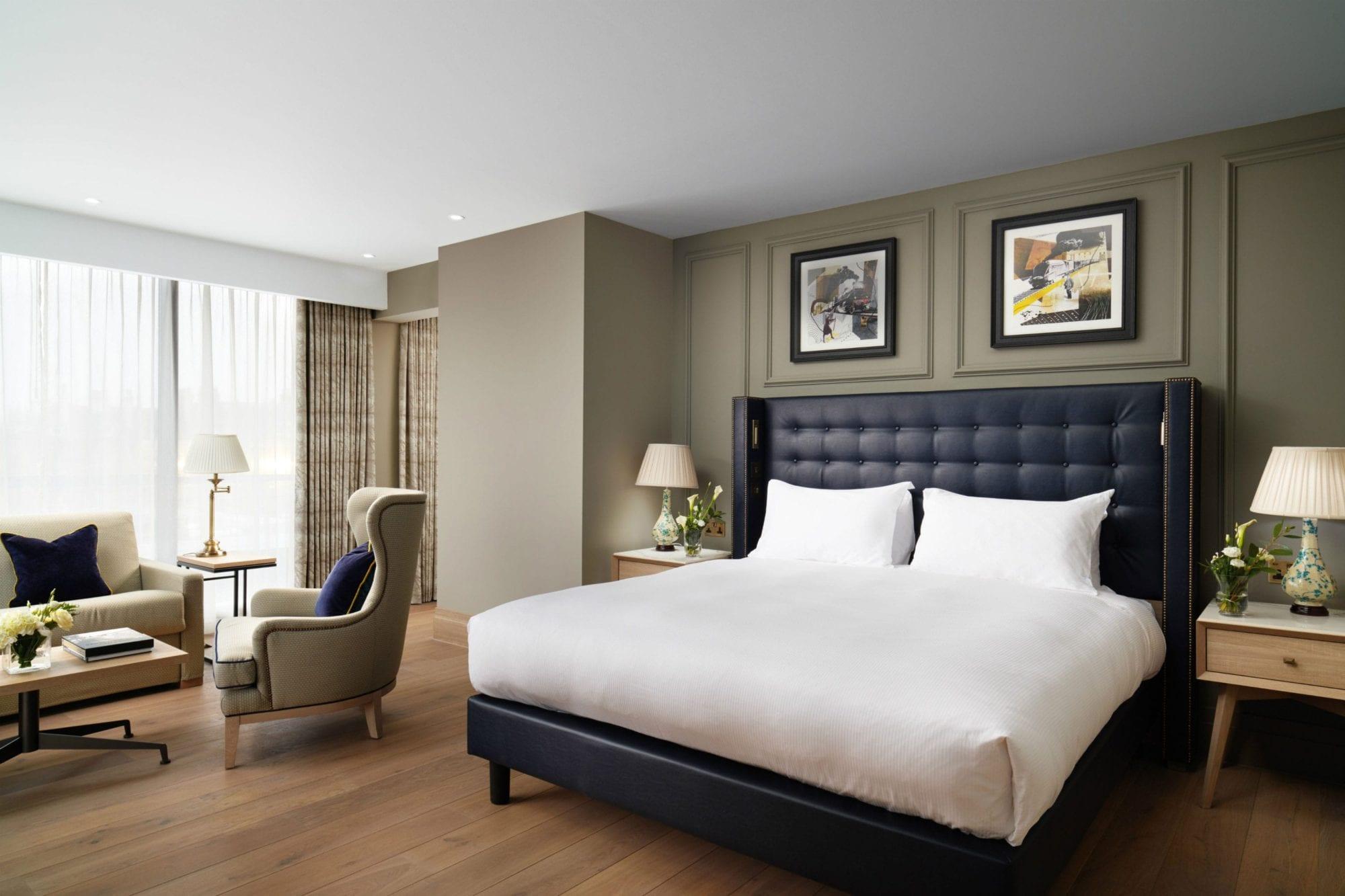 Heritage-Suite-454-Bedroom-Roman-House-min