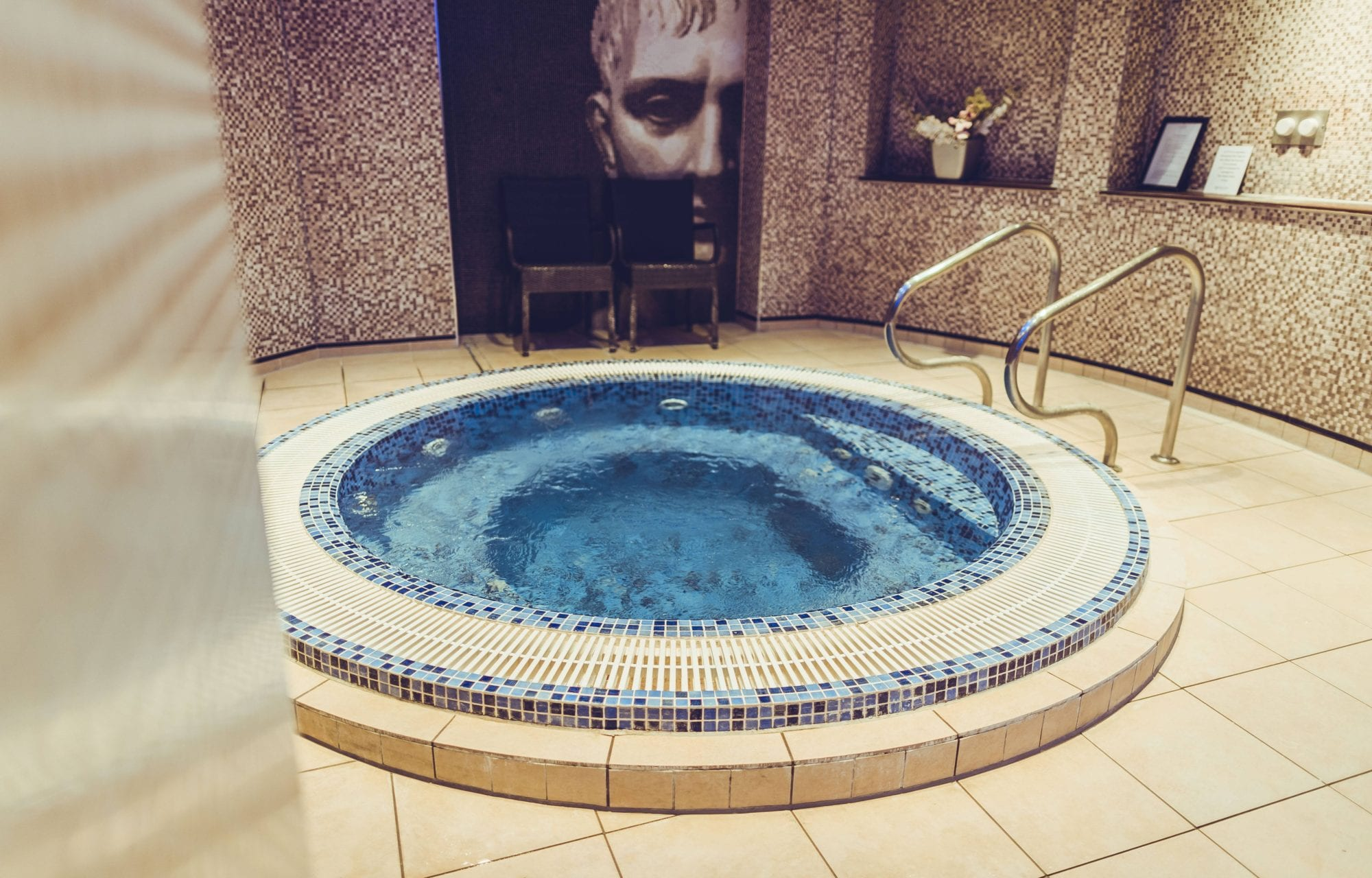 The Grand Spa Whirl Pool