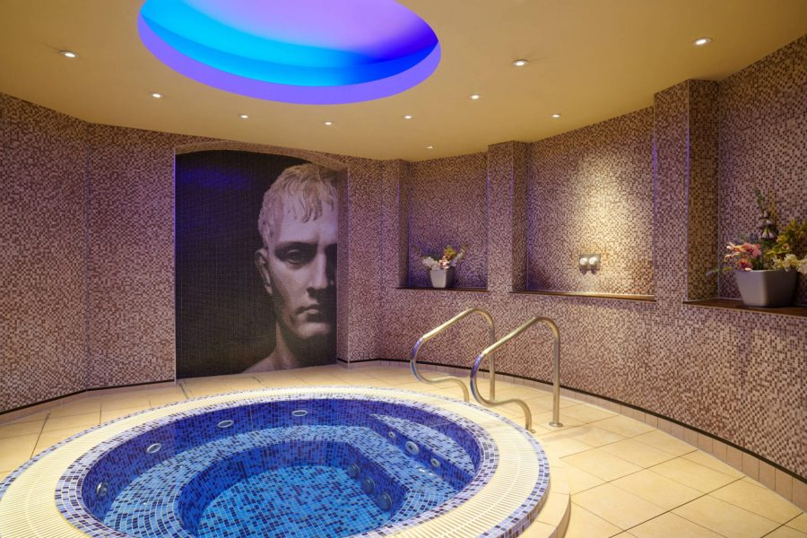 The Grand jacuzzi spa